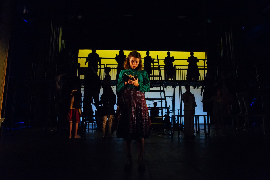 Under a Cardboard Sea at Bristol Old Vic - Photographer Jack Offord - Low Res-5722